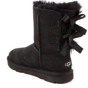 UGGS Bailey Bow II Boot, Size 3